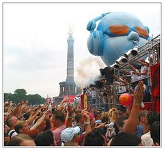 14. Loveparade 2002