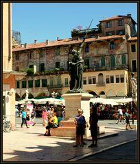 14 novembre 1915... scorcio di piazza Erbe Verona