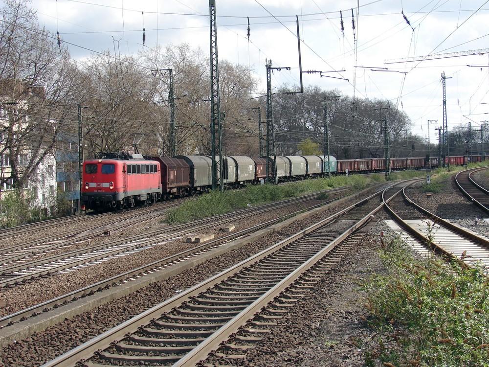 140 792-3 Einfahrt Köln-Süd