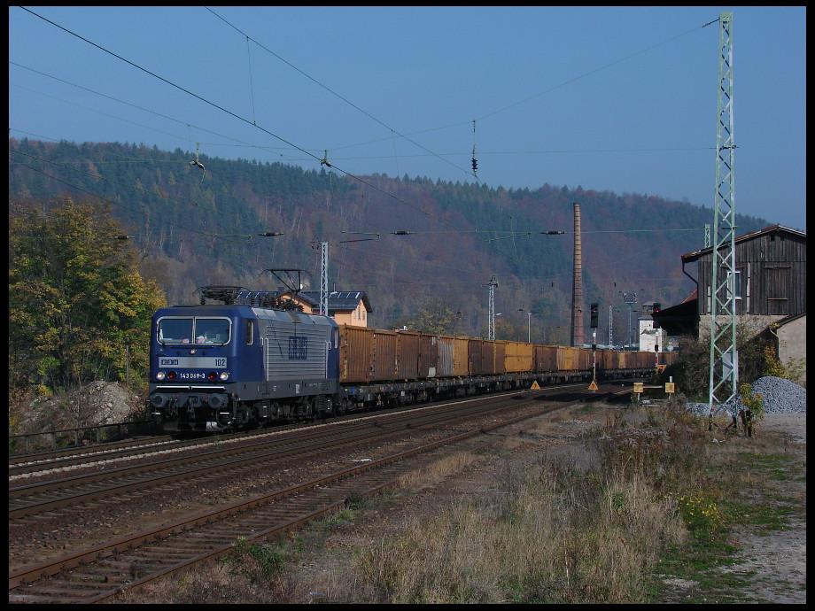143 069-3 (RBH 102) am Güterbahnhof in Königstein