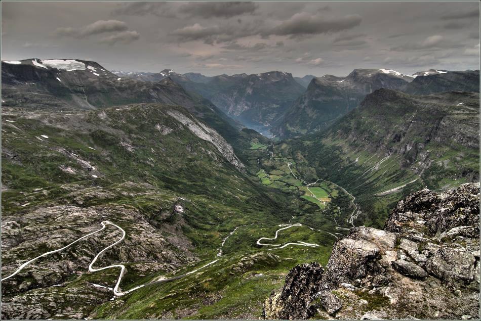 1500 m über dem Fjord...