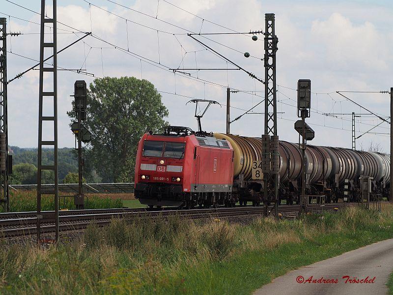 185 001 bei Triesdorf Bahnhof