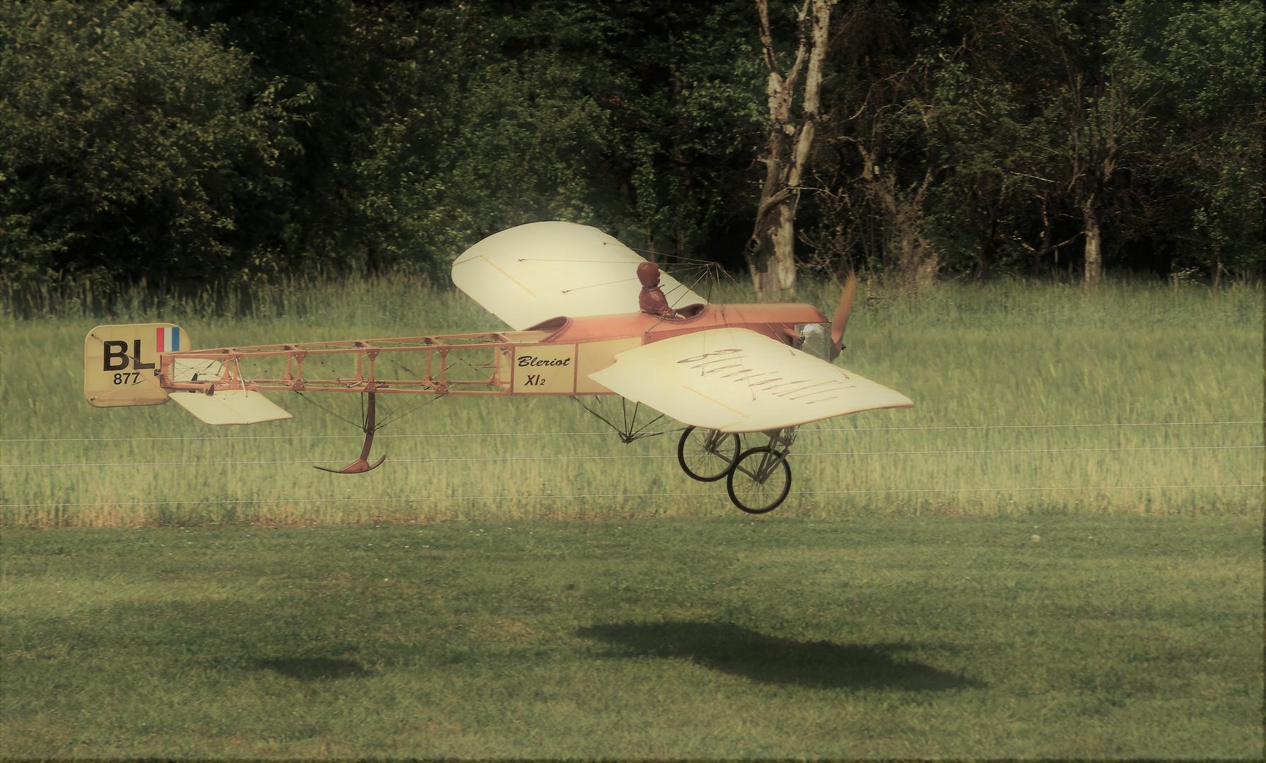 1908 ein altes Mädel aus Frankreich ....Blériot XI