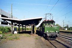 194 158-2 auf Gleis 1 a im krefelder Hbf