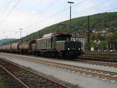 194 158 - 2 bei der Durchfahrt in Gemünden 2007