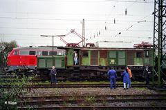 194 158-2 im Bw Krefeld nach erfolgter ....