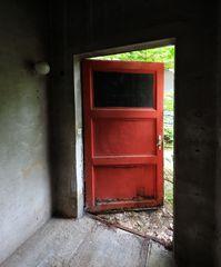 1DX_2871 FEUERWEHR Tür
