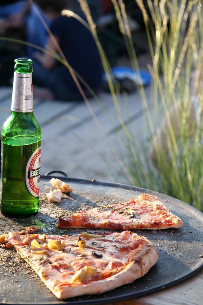 1x Pizza und n Beck´s bitte