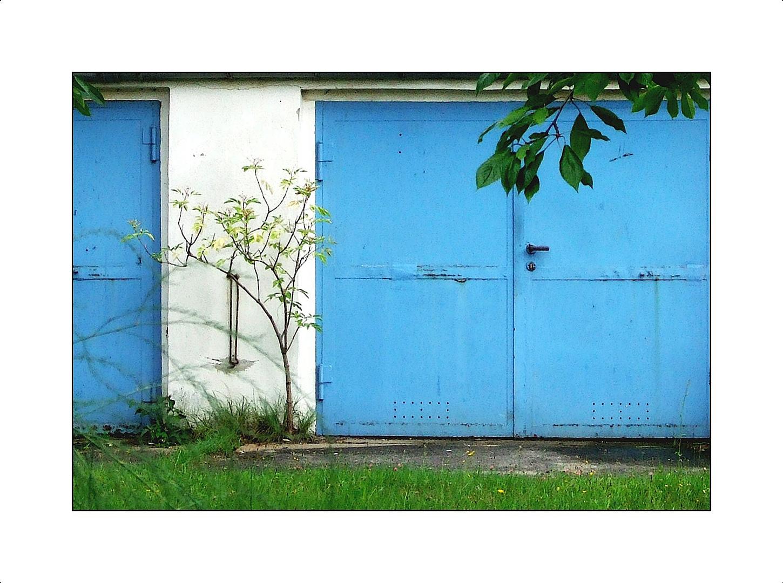 2 Garagen und kein Auto !