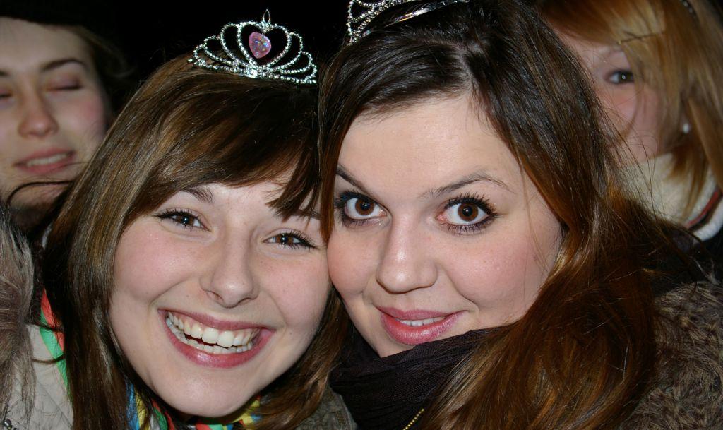 2 Süsse Mädels Foto & Bild   erwachsene, partys, menschen
