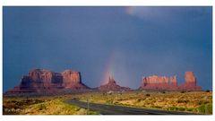 [2004 - monument valley - rainbow - analog]