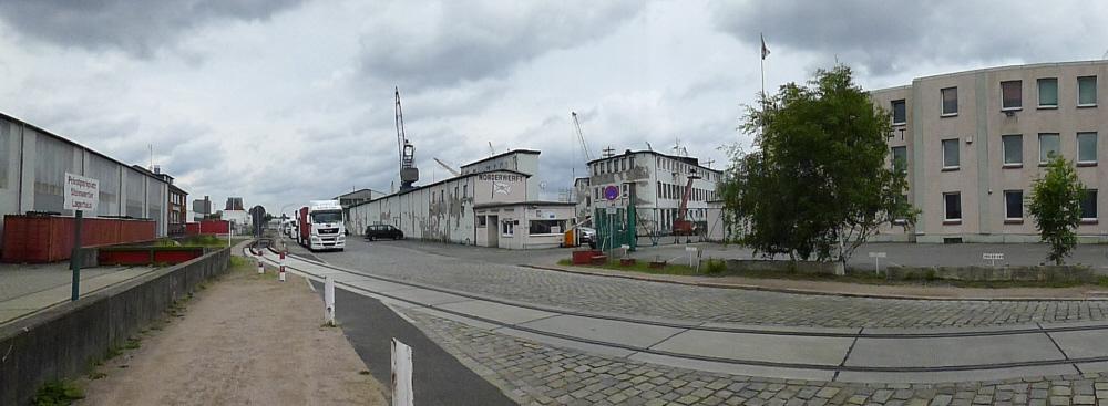 2012  Ellerholzdamm mit Norderwerftgebäude.