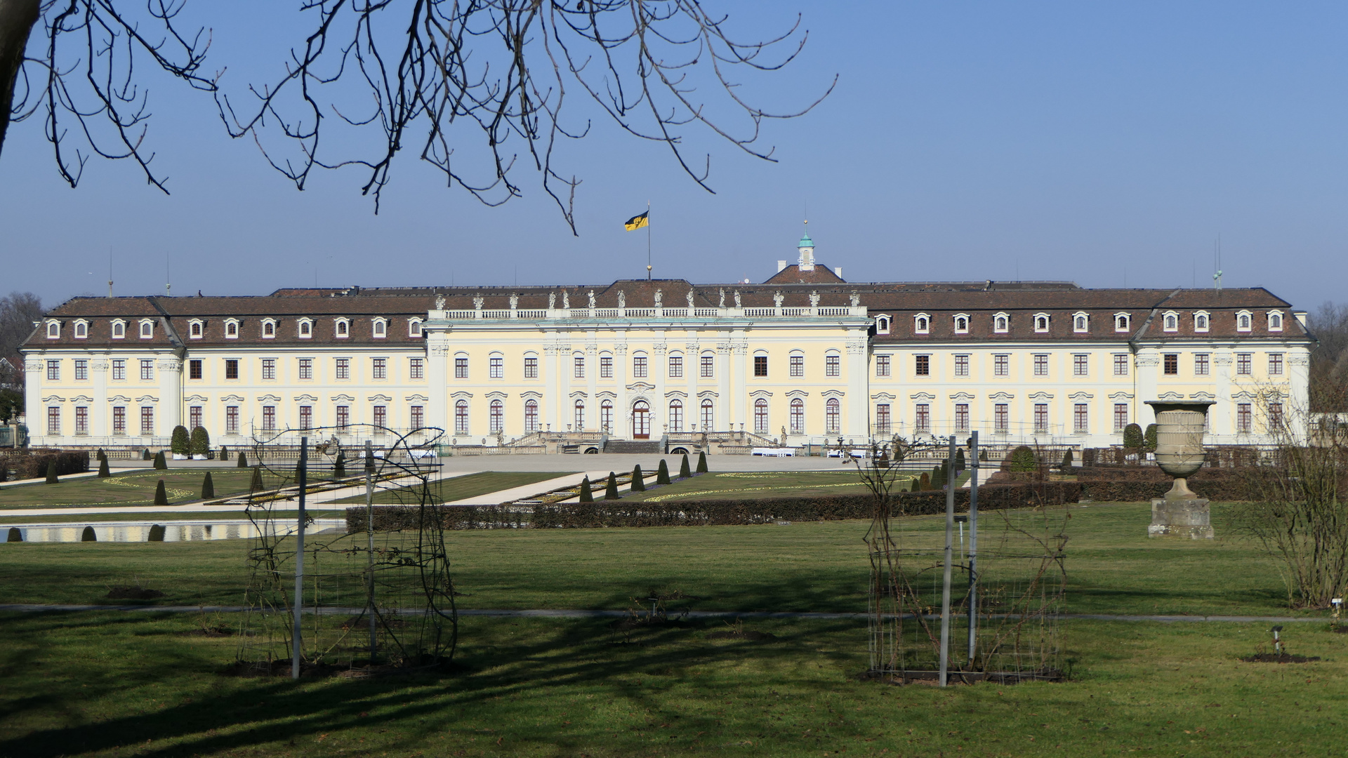 2021-02-28; Ludwigsburg; Blick auf das Schloss