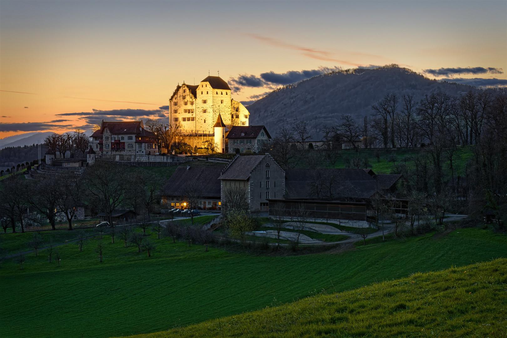 20210327_Sunset_Schloss_Wildegg_2