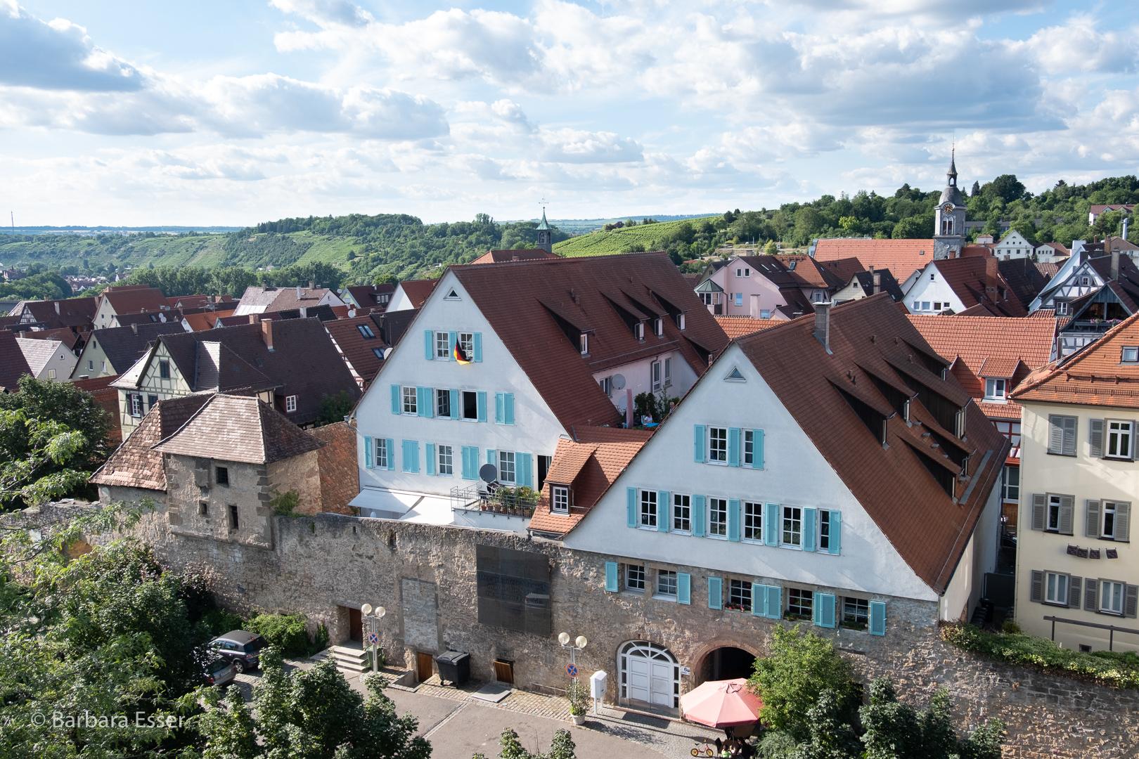 21-Stadtmauer, Altstadt, Stadtkirche und Weinberge