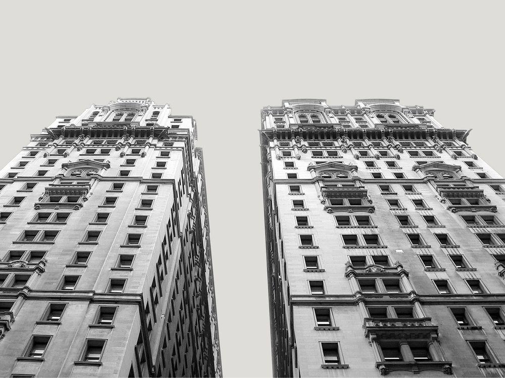 21 Stockwerke hoch und über 100 Jahre alt ...