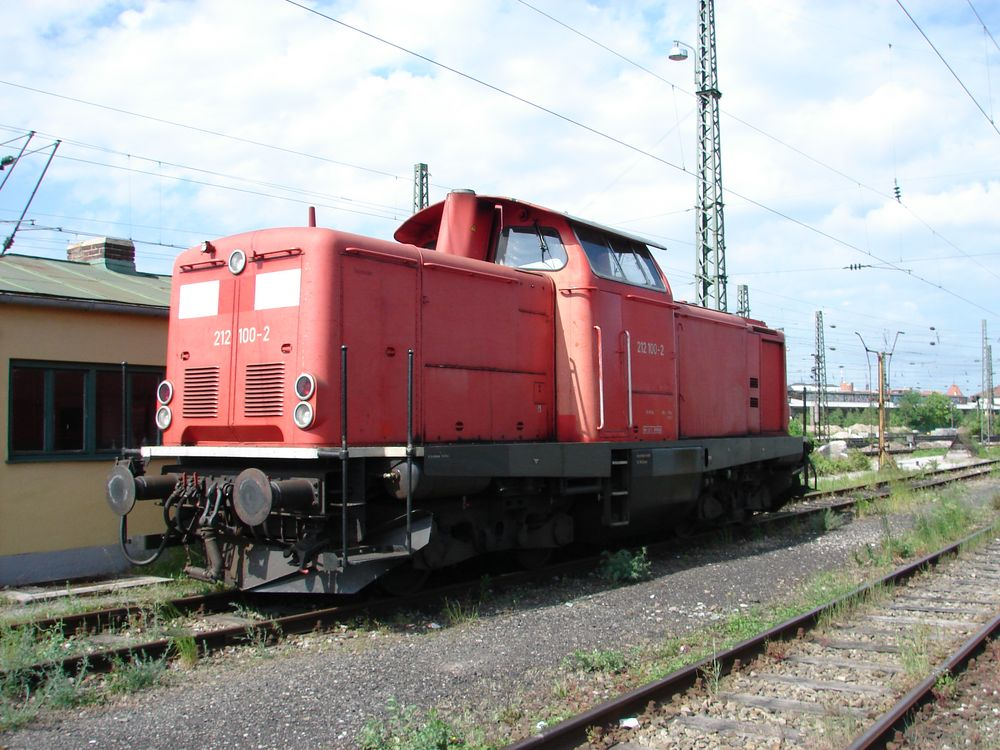 212 100 in München Pasing Gbf 2008