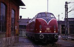 221 135 im Bw Würzburg 1998