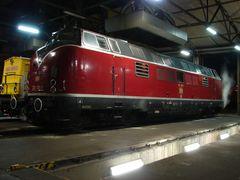 221 135 im Bw Würzburg 2007