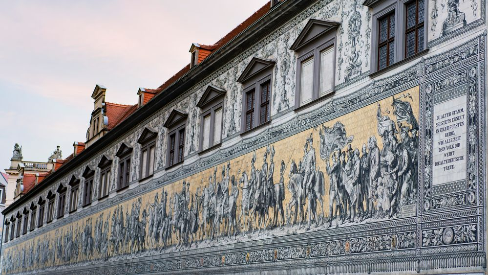 23.000 Fliesen aus Meißner Porzellan
