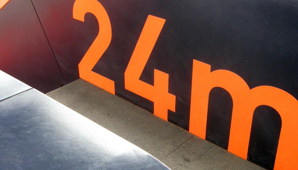 24 m orange