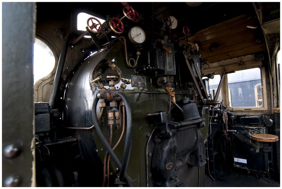 """2455 - """"Cockpit"""""""