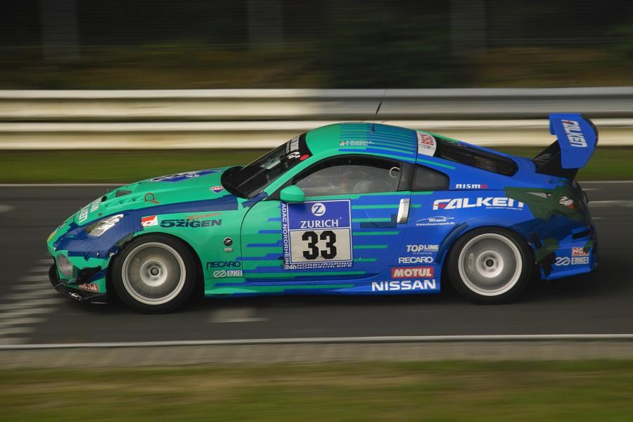 24h-Rennen Nissan Z33 Falken oder Tesa?