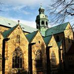 29.11.2009 wie dazumal sieht der Dom zu Hildesheim  (auch Mariendom genannt)wieder aus