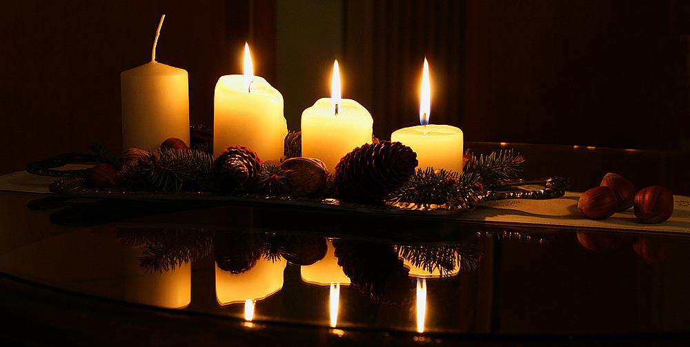 3 advent foto bild gratulation und feiertage. Black Bedroom Furniture Sets. Home Design Ideas