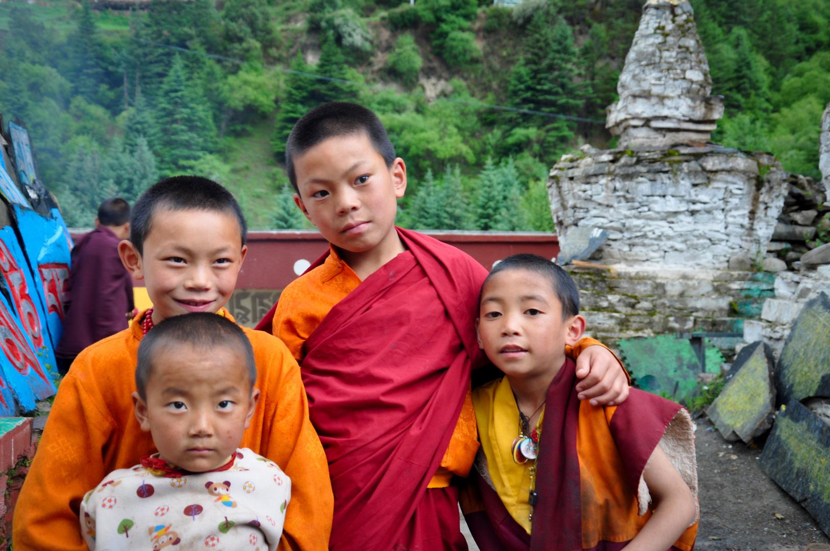 3 kleine Mönche und 1 kleiner Bruder