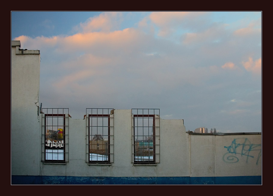 3 windows to heaven