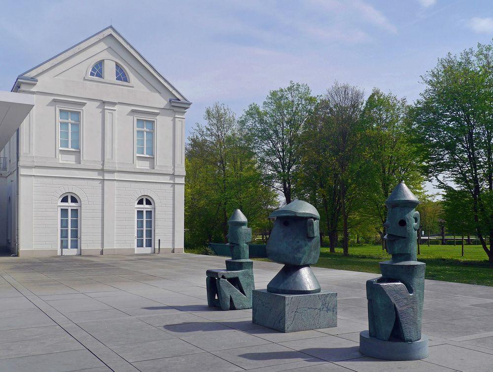 3 x Max Ernst
