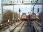 3 Züge / 2 Gleise