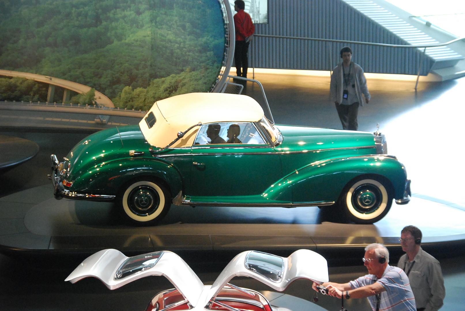 300 er im Daimler Museum