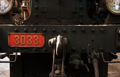 ...3033..