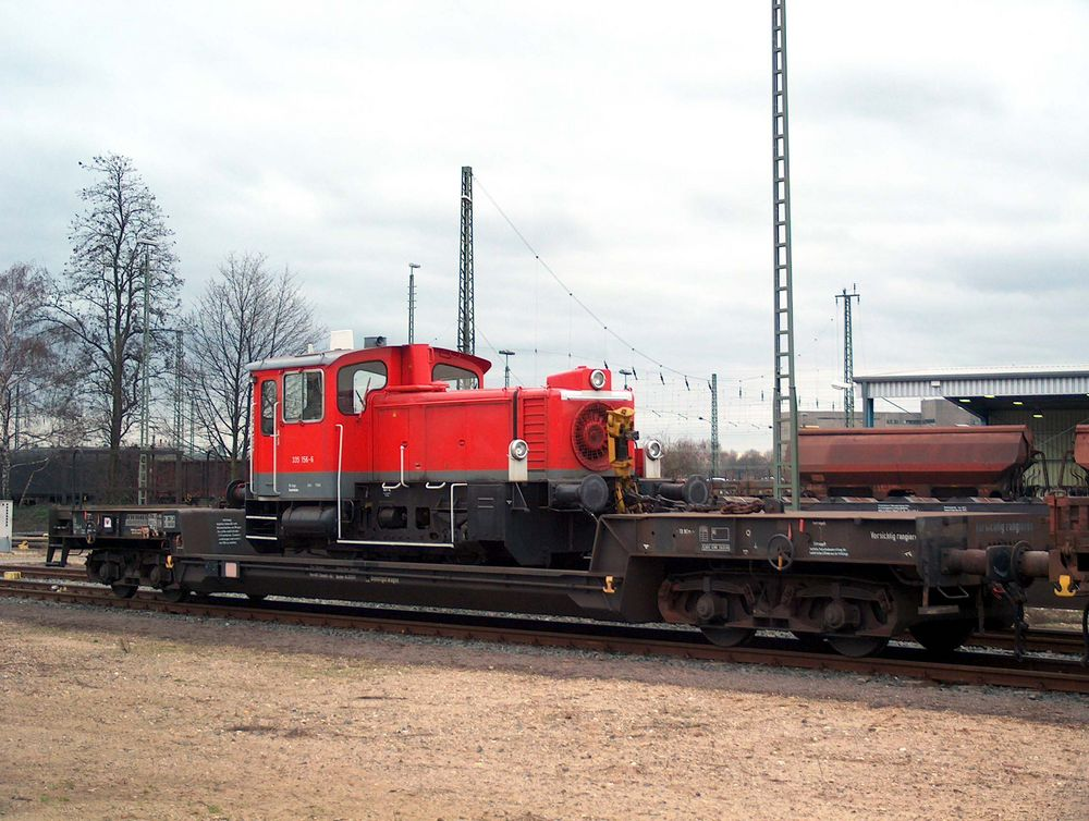 335 156 -6 auf Uais 732- Wagen