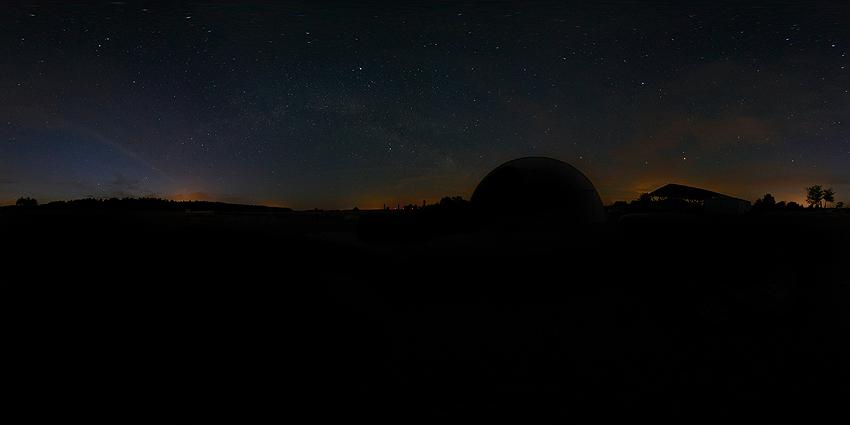 360 Grad Aufnahme des Nachthimmels in Klein Gartz Bei Salzwedel