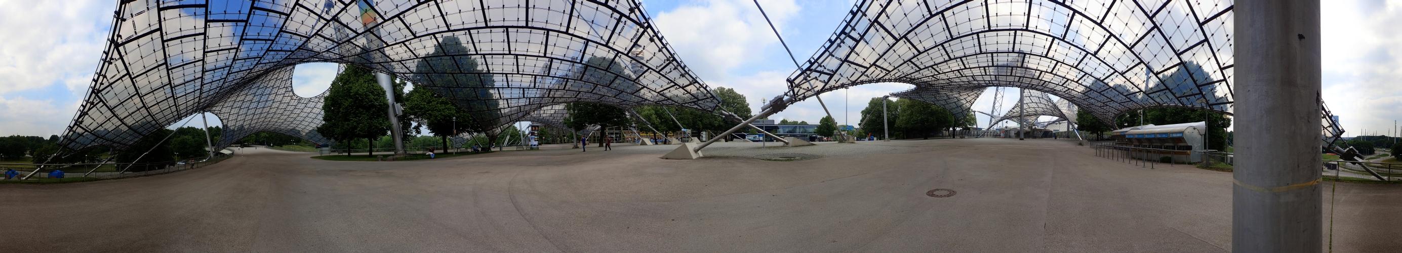 360 Grad unterm Zeltdach