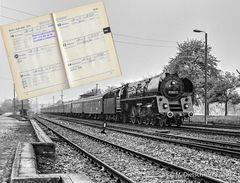 37 Jahre danach finden sich Fotograf und der Lokführer von 01 0521