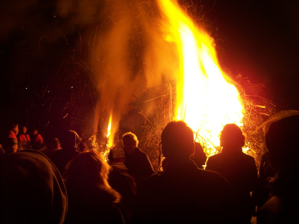 3.Osterfeuer-Foto