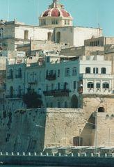 4 - 4 - Valletta
