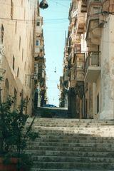 4 - 8 - Valletta