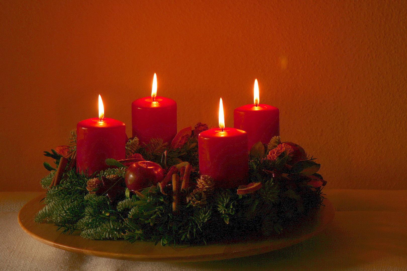 4 advent foto bild motive vorweihnachtszeit. Black Bedroom Furniture Sets. Home Design Ideas