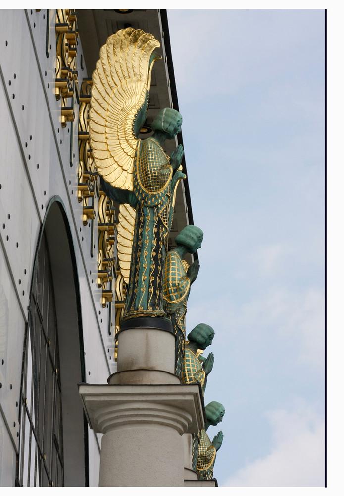 4 Engel in Perpektive...
