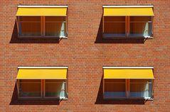 4 x yellow