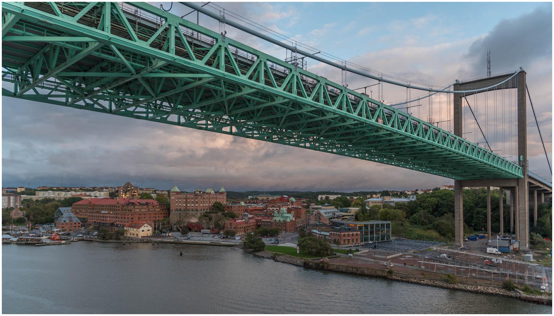 45 m hoch ist die Brücke