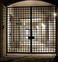 5° safety gate