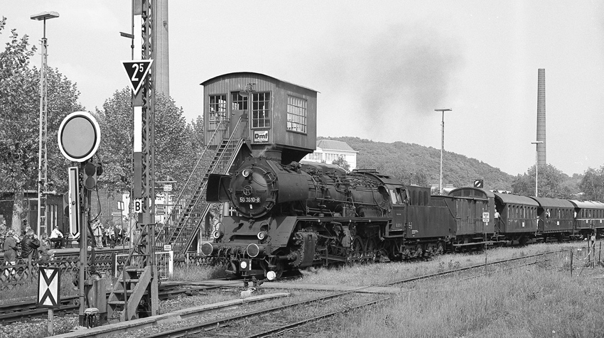 50 3610 mit Zug