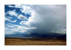 ...> 50mm Regen im Death-Valley-Nationalpark...