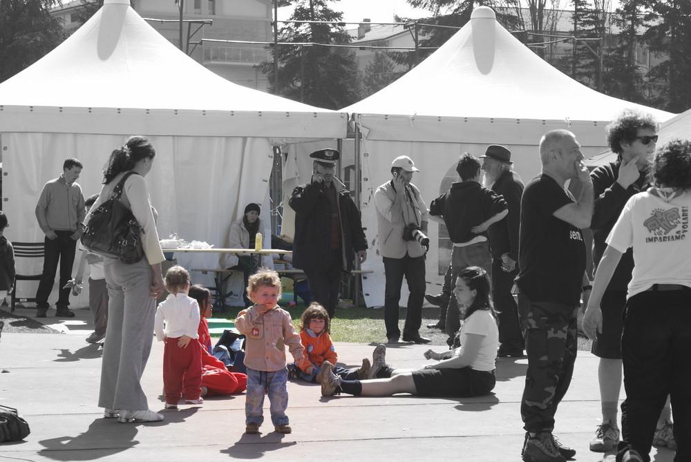 6 Campo d'accoglienza a Piazza d'Armi